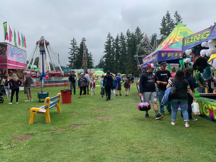 County folks come together at the fair